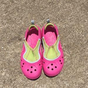 Crocs girl's water shoes